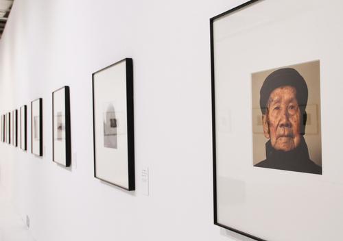 影像记录百位百岁抗战老兵 逄小威携《山河记忆》亮相北京